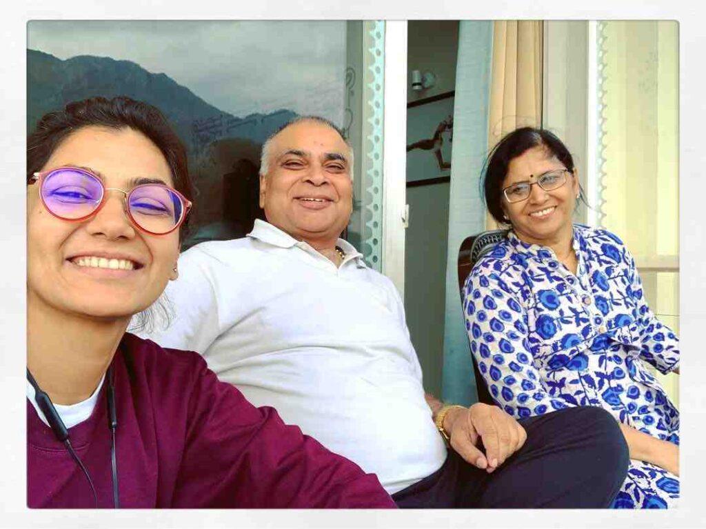 Sriti jha parents